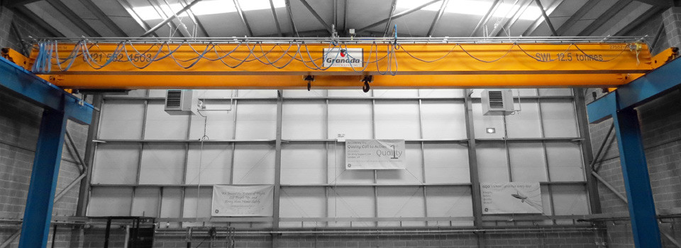 Double_girder_crane_heathrow