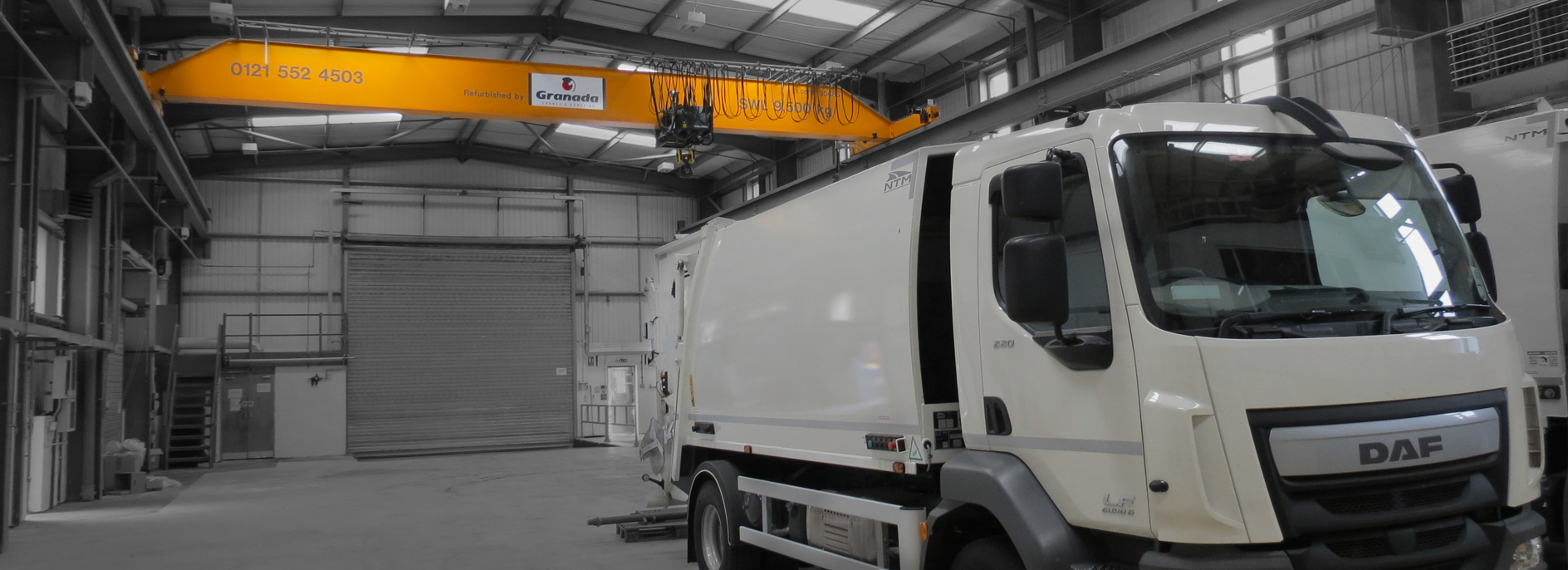 Granada Cranes lifting equipment and overhead cranes used at a refuse collection vehicle manufacturer