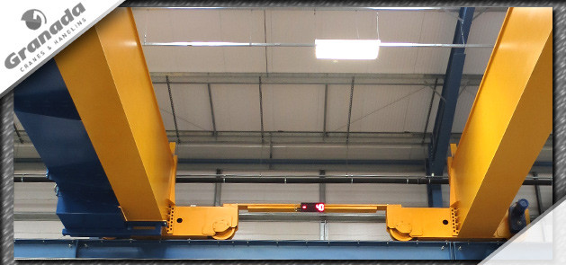 Large double girder gantry crane with digital scales